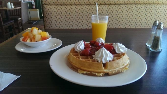 Breakfast in Niagara Fall, Ontario